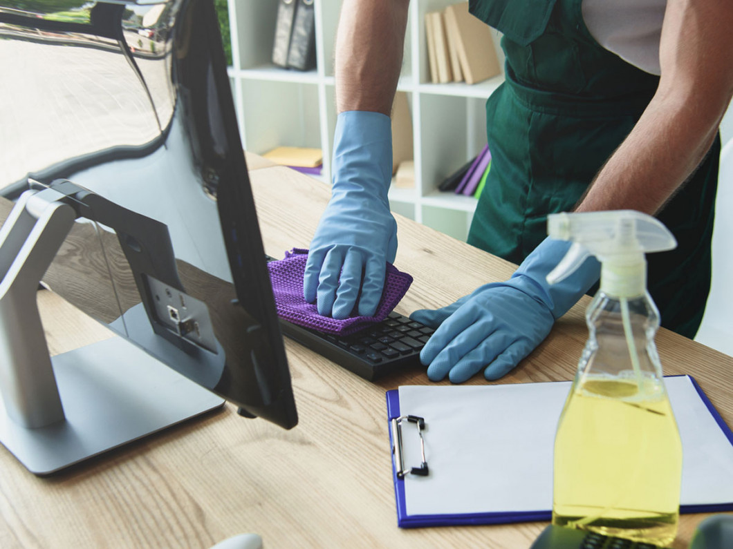 Boost Productivity and Morale With Office Cleaning Services