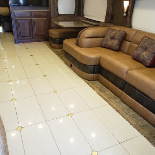 RV Carpet Cleaning & Carwashing